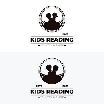 Petits enfants lisant des conceptions de logo