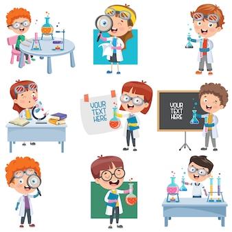 Petits étudiants faisant une expérience chimique