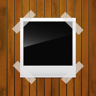 Photo sur une surface en bois