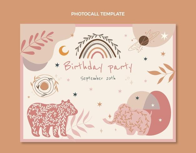 Photocall d'anniversaire boho dessiné à la main