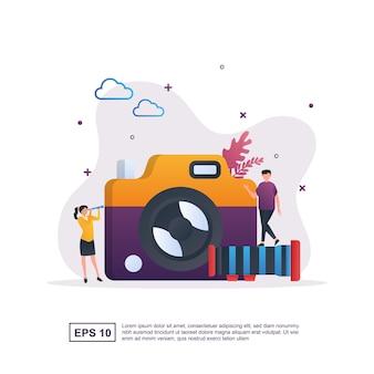 Photographie avec une personne tenant un objectif de caméra.