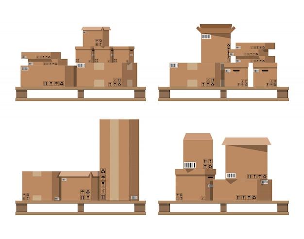 Pile de boîtes en carton sur des palettes en bois.