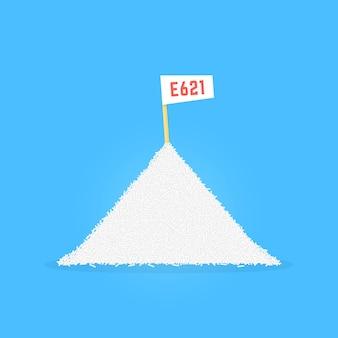 Pile de glutamate de sodium comme e 621. concept d'umame, junk, pellet, stack, sarriette, science, danger, délicieux culinaire, antioxydant, gourmet, recherche design graphique moderne de style plat sur fond bleu