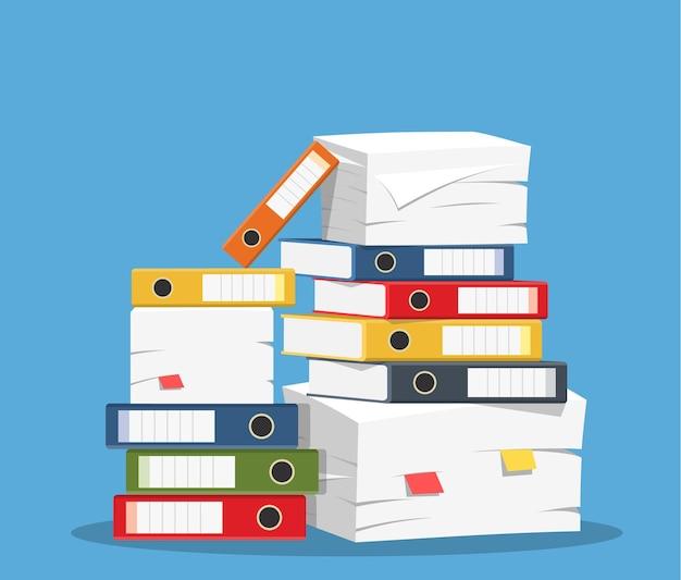 Pile de papiers et icône de dossiers de fichiers.