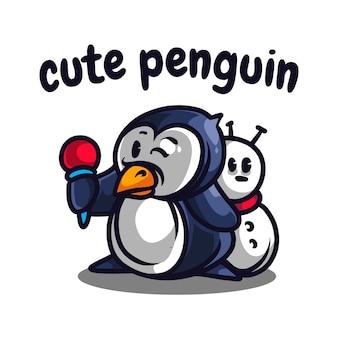 Pingouin mignon tenant le logo de la mascotte de la crème glacée
