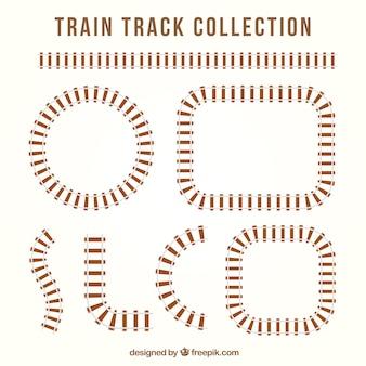 Pistes de chemin de fer avec différentes conceptions