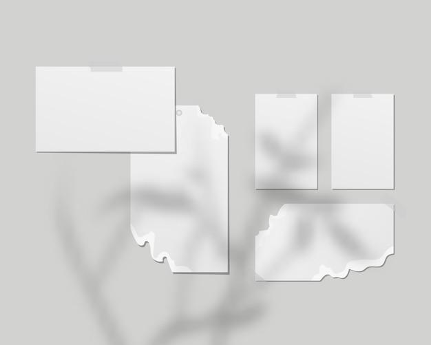 Planches d'humeur. des feuilles de papier blanc vides sur le mur. tableaux d'humeur avec superposition d'ombres. . conception de modèle. illustration vectorielle réaliste.