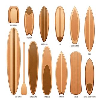 Planches de surf en bois isolées sur une illustration blanche. planche de surf en bois pour le sport