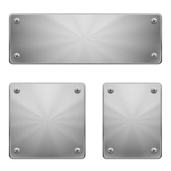 Des plaques métalliques.
