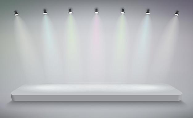 Podium de présentation des produits éclairé par la lumière