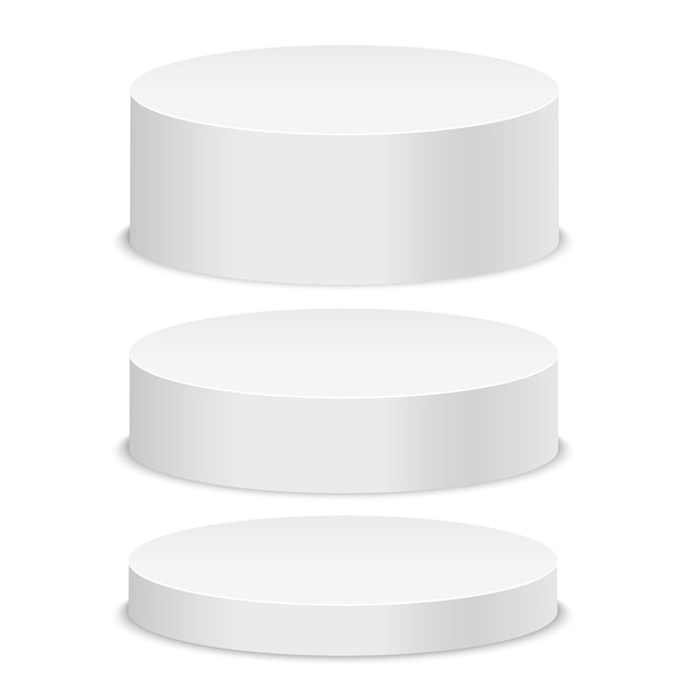 Podium rond blanc vide sur fond blanc.