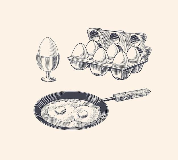 Poêle aux œufs au plat et omelette brouillée