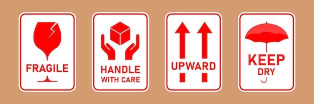 Poignée de colis fragile avec logistique de soins et étiquettes d'expédition de livraison
