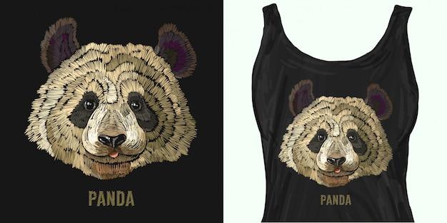 Portrait de broderie d'ours panda drôle.