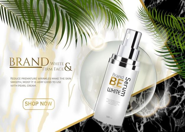 Produits de soins de la peau annonces pour la publicité avec des feuilles tropicales sur fond de pierre de marbre