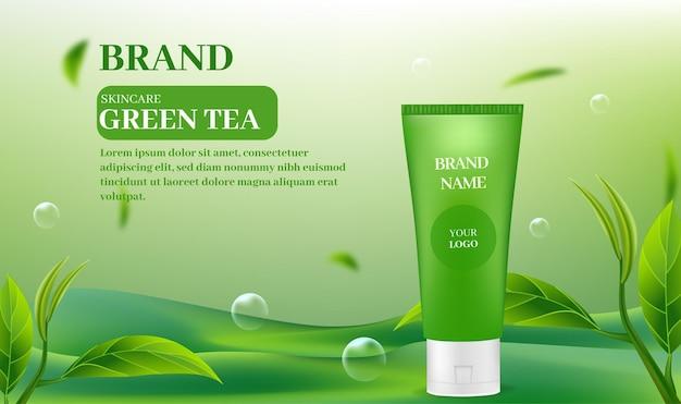 Produits de soins de la peau sur fond de thé vert