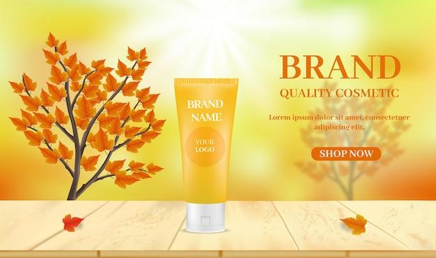 Produits de soins de la peau sur table sur fond flou avec des brindilles et des feuilles