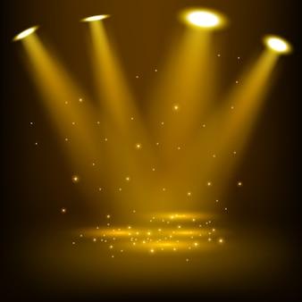 Les projecteurs d'or brillent