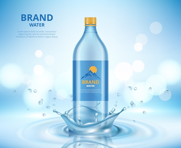 Promotion de l'eau. nettoyer la bouteille transparente debout dans les éclaboussures de liquide et les gouttes de pancarte réaliste de vecteur d'eau. illustration bouteille d'eau naturelle, propre et bleue fraîche