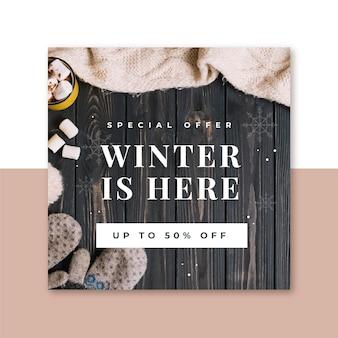 Publication créative sur les réseaux sociaux d'hiver