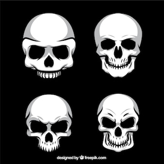 Quatre crânes macabres paquet