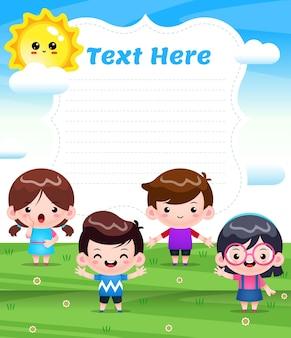 Quatre enfants jouant sur l'extérieur avec une grande bannière
