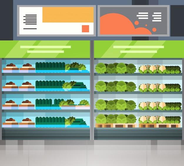 Rangées de supermarchés avec produits d'épicerie aucun peuple shopping intérieur de magasin