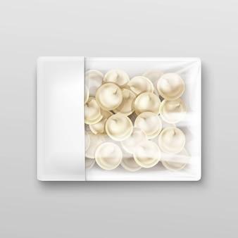 Raviolis de raviolis de boulettes de viande pelmeni