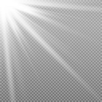 Rayons de soleil avec faisceaux isolés sur transparent