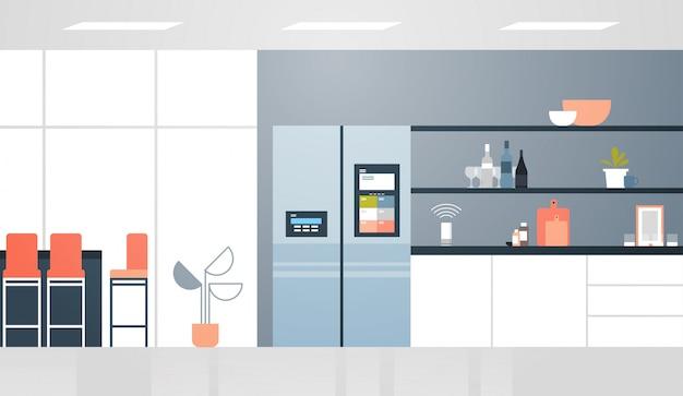 Réfrigérateur avec écran lcd contrôlé par haut-parleur intelligent