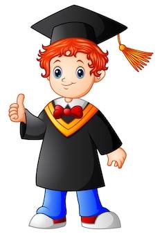 Remise de diplôme de dessin animé garçon donnant les pouces vers le haut