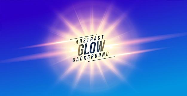 Résumé des rayons lumineux lumineux sur fond bleu