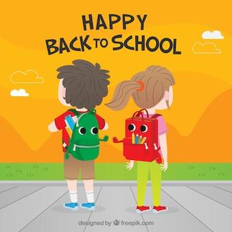 Retour à l'arrière-plan de l'école avec les enfants de derrière