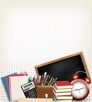 Retour à l'école. contexte de l'éducation avec des fournitures scolaires.