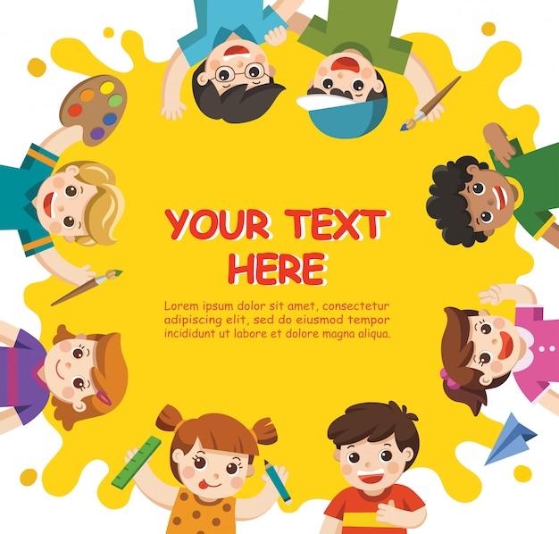 Retour à l'école. enfants d'art. les enfants mignons s'amusent et sont prêts à se mettre à peindre ensemble. modèle de brochure publicitaire. les enfants regardent avec intérêt.