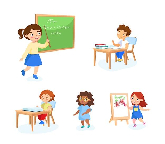 Retour à l'école ensemble d'enfants avec des outils d'étude