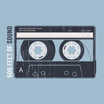 Rétro avec une cassette. tshirt et vêtements