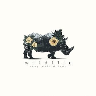 Rhinocéros et fleurs en double exposition
