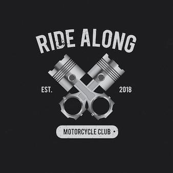 Rouler le long de la moto
