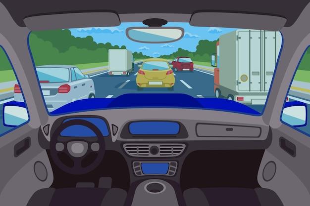 Route vue à l'intérieur de l'automobile
