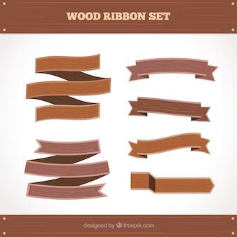 Rubans en bois fixés dans le style rétro