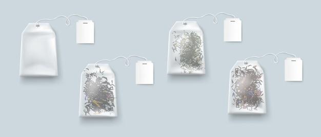 Sachets de thé, sachets de thé isolés avec des étiquettes vierges sur maquette de corde