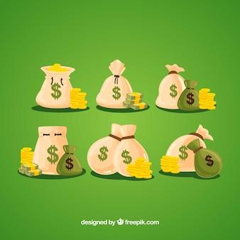 Sacs d'argent avec des pièces de monnaie