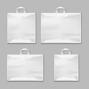 Sacs à provisions en plastique réutilisables vides blancs avec des modèles de poignées de vecteur, maquettes de conception. paquet po