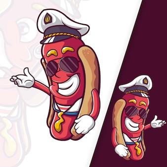 Sausage hotdog captain mascot personnages