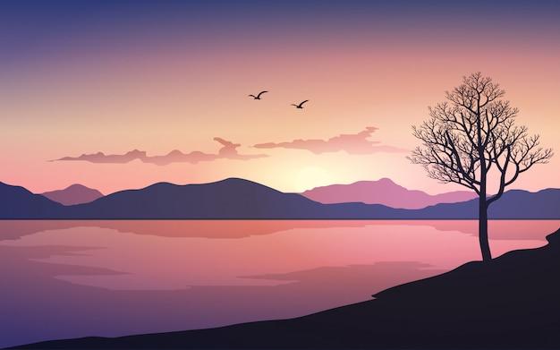 Scène de coucher de soleil avec ciel dramatique