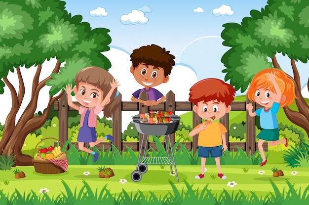 Scène de fond avec des enfants dans le parc