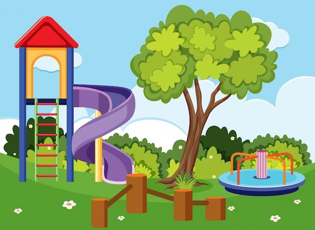 Scène de fond avec toboggan et rond-point dans le parc