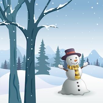 Scène d'hiver avec un bonhomme de neige dans une forêt