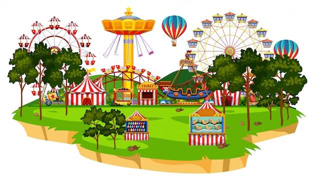 Scène avec de nombreux manèges dans le parc du cirque